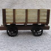 side tipping wagon - side view