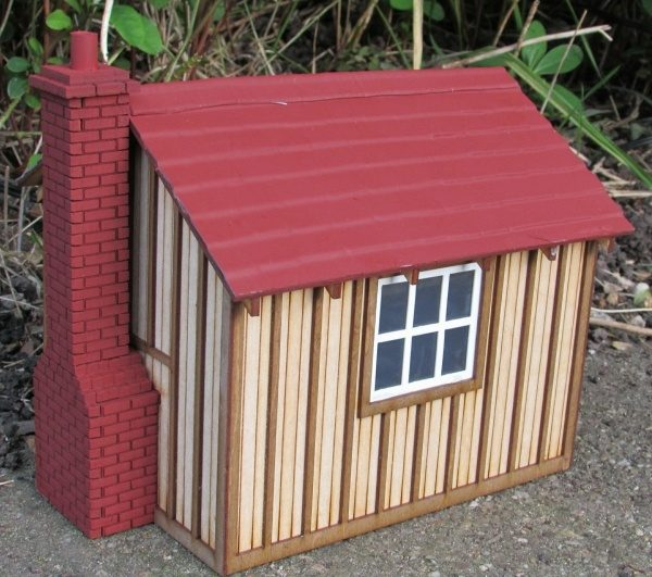 Platelayers cabin - chimney end
