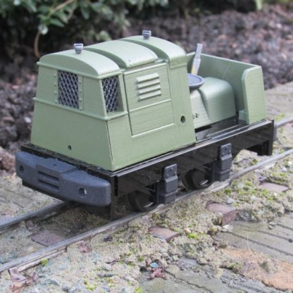 Ruston 20DL locomotive - left side