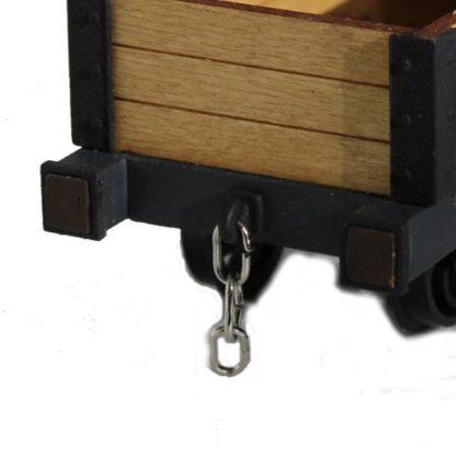 Talyllyn Three Plank Wagon - Hook and chain